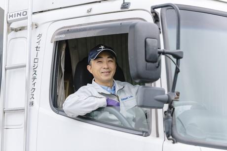 【未経験の方も安心の同乗研修あり】4tトラックドライバー