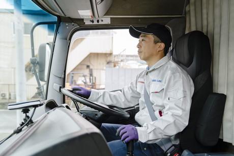 未経験大歓迎!食品のルート配送4tトラックドライバー【働きやすさ】