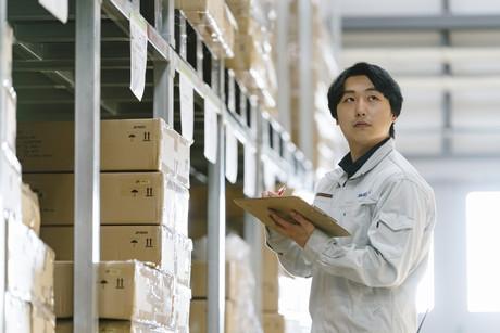 急募Wワーク大歓迎お米の仕分け作業【空調完備の快適倉庫!】